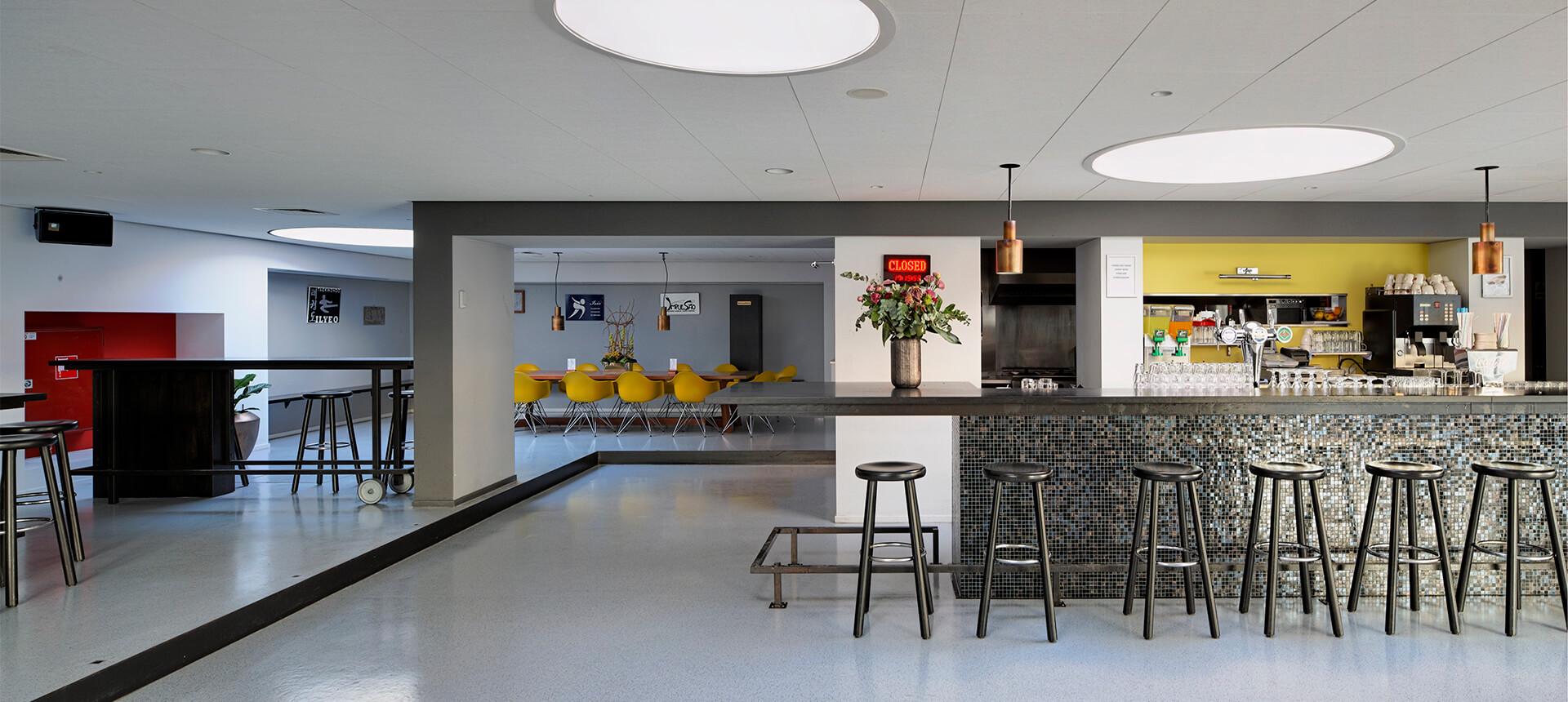 Renovatie sportcentrum houben van mierlo architecten for Houben interieur
